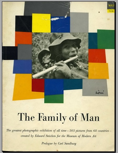 Front_page_of_exhibition__The_Family_of_Man__catalog