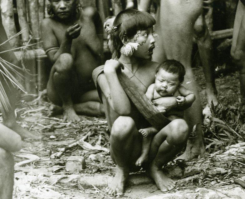 Fragende Blicke. Neun Zugänge zu ethnografischen Fotografien