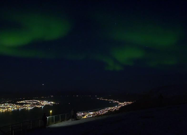 TVTipp: Siegrist und die Polarlichter. Polarlichter über Tromsø.