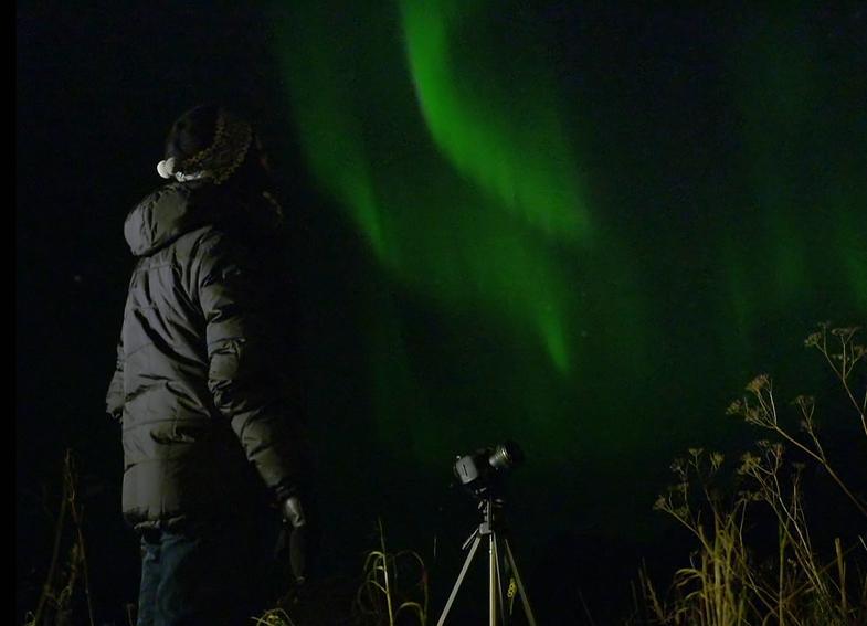 TVTipp: Siegrist und die Polarlichter. Meteo-Mann Christoph Siegrist und Polarlichter auf Insel Kvaløya in Norwegen