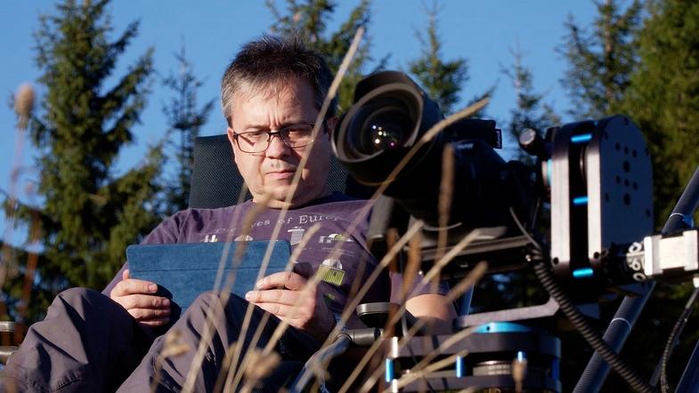 TVTipp: Die Sterngucker. Astrofotograf Kabaus kurz vor der Himmelsshow, Hohe Dirn