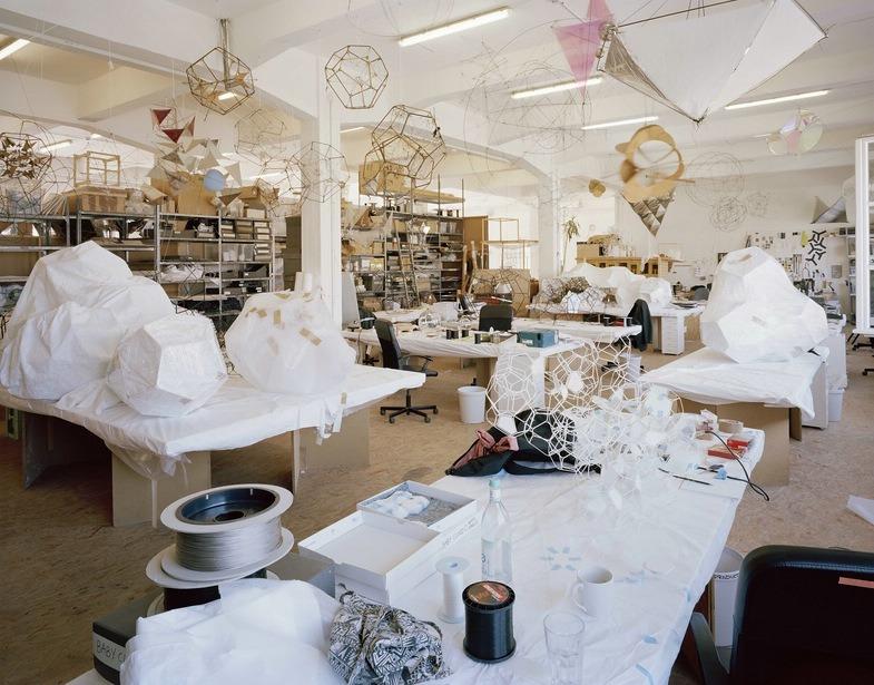 Stefanie Bürkle. Atelier + Labor. Atelier / Studio Tomás Saraceno