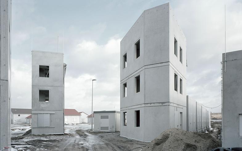 Gregor Sailer. The Potemkin Village
