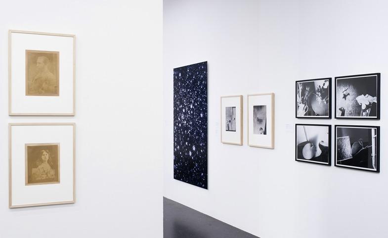 FOTOGRAFIE. Aus der Sammlung des LENTOS. Ausstellungsansicht LENTOS Kunstmuseum Linz